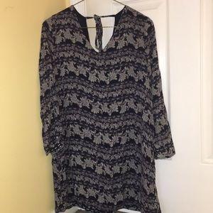 Patterned Dark Sleeved V Neck Dress